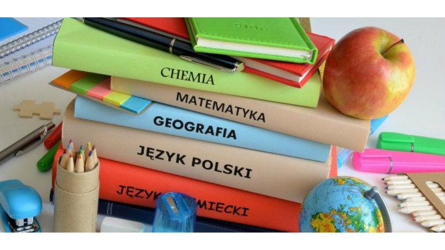 Szkolny zestaw podręczników i programów nauczania 2020/2021